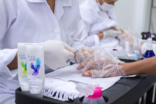 Curso de Manicure SENAC